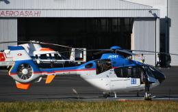 チャーリーマイクさんが、東京ヘリポートで撮影した産経新聞社 EC135T1の航空フォト(飛行機 写真・画像)