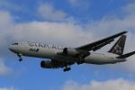 rokko2000さんが、那覇空港で撮影した全日空 767-381/ERの航空フォト(写真)
