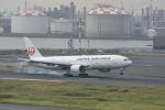 どんちんさんが、羽田空港で撮影した日本航空 777-289の航空フォト(写真)