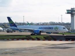 PW4090さんが、パリ オルリー空港で撮影したエア・カライベス A350-941の航空フォト(飛行機 写真・画像)