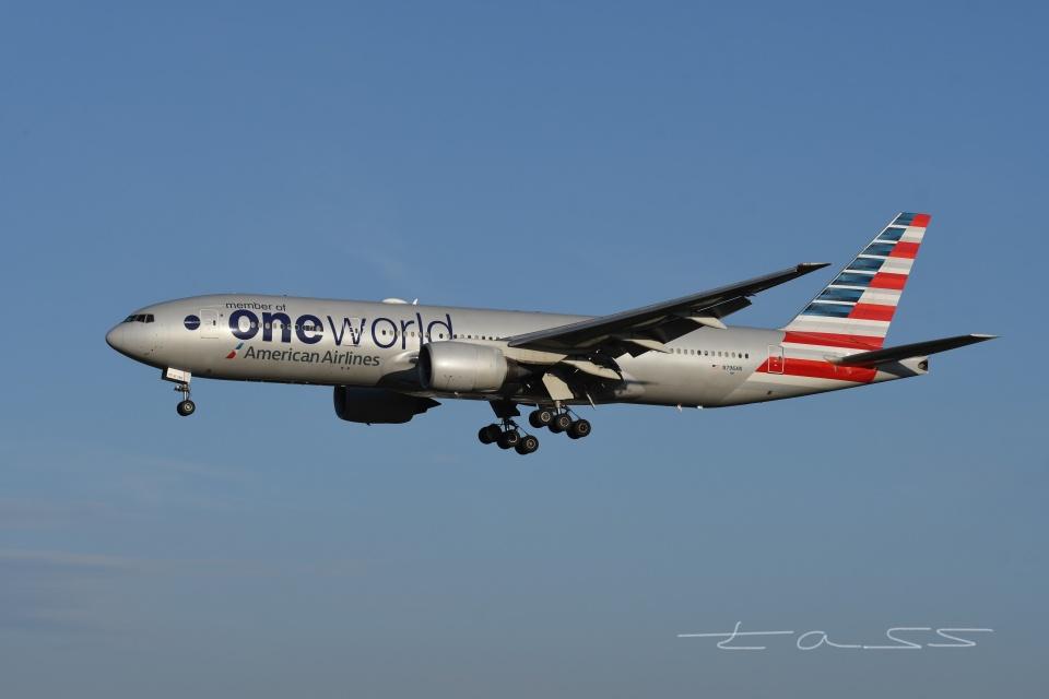 tassさんのアメリカン航空 Boeing 777-200 (N796AN) 航空フォト