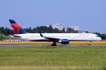キットカットさんが、成田国際空港で撮影したデルタ航空 757-251の航空フォト(写真)
