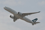 kuro2059さんが、香港国際空港で撮影したキャセイパシフィック航空 A350-941XWBの航空フォト(写真)