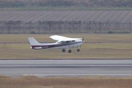 プラグマニアさんが、佐賀空港で撮影したエス・ジー・シー佐賀航空 172P Skyhawk IIの航空フォト(飛行機 写真・画像)
