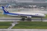 Hiro-hiroさんが、羽田空港で撮影した全日空 777-281/ERの航空フォト(写真)