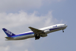 senyoさんが、成田国際空港で撮影した全日空 777-281の航空フォト(写真)
