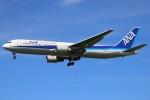 masa707さんが、福岡空港で撮影した全日空 767-381/ERの航空フォト(写真)
