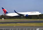 雲霧さんが、成田国際空港で撮影したデルタ航空 767-332/ERの航空フォト(写真)