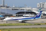 OS52さんが、関西国際空港で撮影した全日空 767-381/ERの航空フォト(写真)