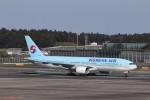 KAZFLYERさんが、成田国際空港で撮影した大韓航空 777-2B5/ERの航空フォト(写真)