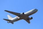 石鎚さんが、名古屋飛行場で撮影した航空自衛隊 KC-767J (767-2FK/ER)の航空フォト(写真)