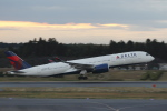 TAKA-Kさんが、成田国際空港で撮影したデルタ航空 A350-941XWBの航空フォト(写真)