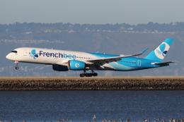安芸あすかさんが、サンフランシスコ国際空港で撮影したフレンチビー A350-941の航空フォト(飛行機 写真・画像)
