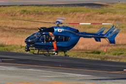 あきらっすさんが、名古屋飛行場で撮影した愛知県警察 BK117C-2の航空フォト(写真)