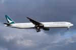 Echo-Kiloさんが、新千歳空港で撮影したキャセイパシフィック航空 777-31Hの航空フォト(写真)