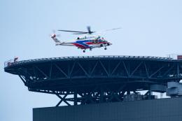 あきらっすさんが、さいたま新都心合同庁舎2号館屋上ヘリポートで撮影した国土交通省 地方整備局 AW139の航空フォト(写真)