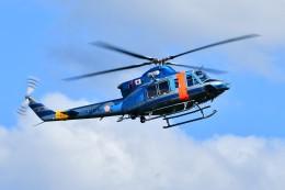 あきらっすさんが、山梨県警ヘリポートで撮影した山梨県警察 412EPの航空フォト(写真)