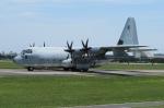 tasho0525さんが、横田基地で撮影したアメリカ海兵隊 KC-130J Herculesの航空フォト(写真)