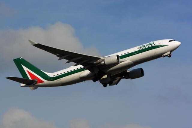 航空フォト:EI-EJO アリタリア航空 A330-200