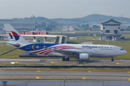 よっしぃさんが、クアラルンプール国際空港で撮影したマレーシア航空 A330-223の航空フォト(飛行機 写真・画像)