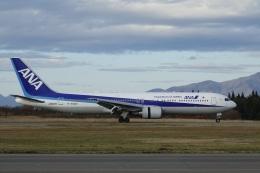 gomachanさんが、秋田空港で撮影した全日空 767-381/ERの航空フォト(飛行機 写真・画像)