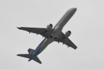 kuro2059さんが、香港国際空港で撮影したマンダリン航空 ERJ-190-100 IGW (ERJ-190AR)の航空フォト(飛行機 写真・画像)