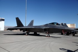 atskikuさんが、ネリス空軍基地で撮影したロッキード・マーティン F-22 Raptorの航空フォト(飛行機 写真・画像)