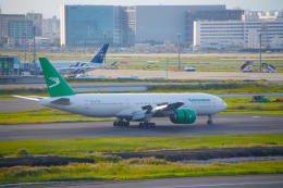 torukutune203さんが、羽田空港で撮影したトルクメニスタン航空 777-22K/LRの航空フォト(飛行機 写真・画像)