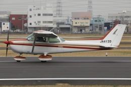 Hii82さんが、八尾空港で撮影したエス・ジー・シー佐賀航空 172P Skyhawk IIの航空フォト(飛行機 写真・画像)
