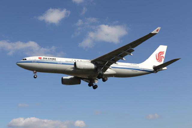 航空フォト:B-6090 中国国際航空