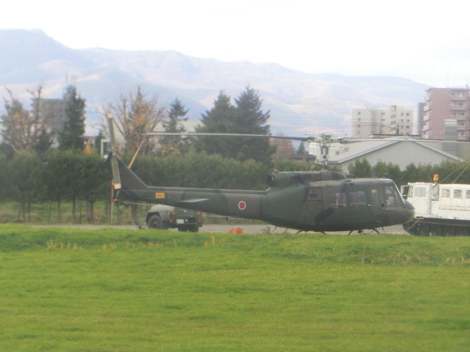 ヒロリンさんの陸上自衛隊 Fuji UH-1H (41727) 航空フォト