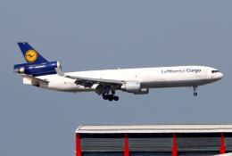 Asamaさんが、香港国際空港で撮影したルフトハンザ・カーゴ MD-11Fの航空フォト(飛行機 写真・画像)