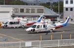 ブルーさんさんが、双葉滑空場で撮影した山梨県防災航空隊 S-76Bの航空フォト(写真)