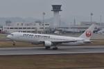 qooさんが、高松空港で撮影した日本航空 767-346の航空フォト(写真)
