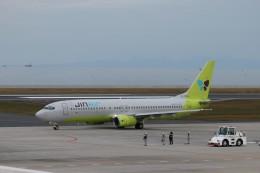 KAZFLYERさんが、北九州空港で撮影したジンエアー 737-86Nの航空フォト(飛行機 写真・画像)