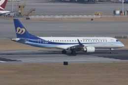 しゃこ隊さんが、香港国際空港で撮影したマンダリン航空 ERJ-190-100 IGW (ERJ-190AR)の航空フォト(飛行機 写真・画像)
