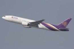 しゃこ隊さんが、香港国際空港で撮影したタイ国際航空 777-2D7の航空フォト(飛行機 写真・画像)