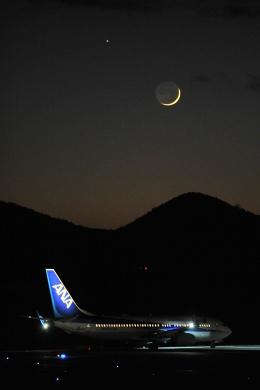 デデゴンさんが、石見空港で撮影した全日空 737-8ALの航空フォト(飛行機 写真・画像)