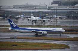 セッキーさんが、羽田空港で撮影した全日空 767-381/ERの航空フォト(飛行機 写真・画像)