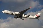 MOHICANさんが、福岡空港で撮影した日本航空 A350-941XWBの航空フォト(写真)
