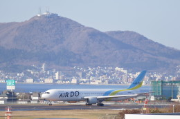 KKiSMさんが、函館空港で撮影したAIR DO 767-381/ERの航空フォト(飛行機 写真・画像)