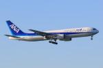 ryu330さんが、羽田空港で撮影した全日空 767-381/ERの航空フォト(写真)