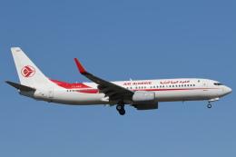 安芸あすかさんが、ロンドン・ヒースロー空港で撮影したアルジェリア航空 737-8D6の航空フォト(飛行機 写真・画像)