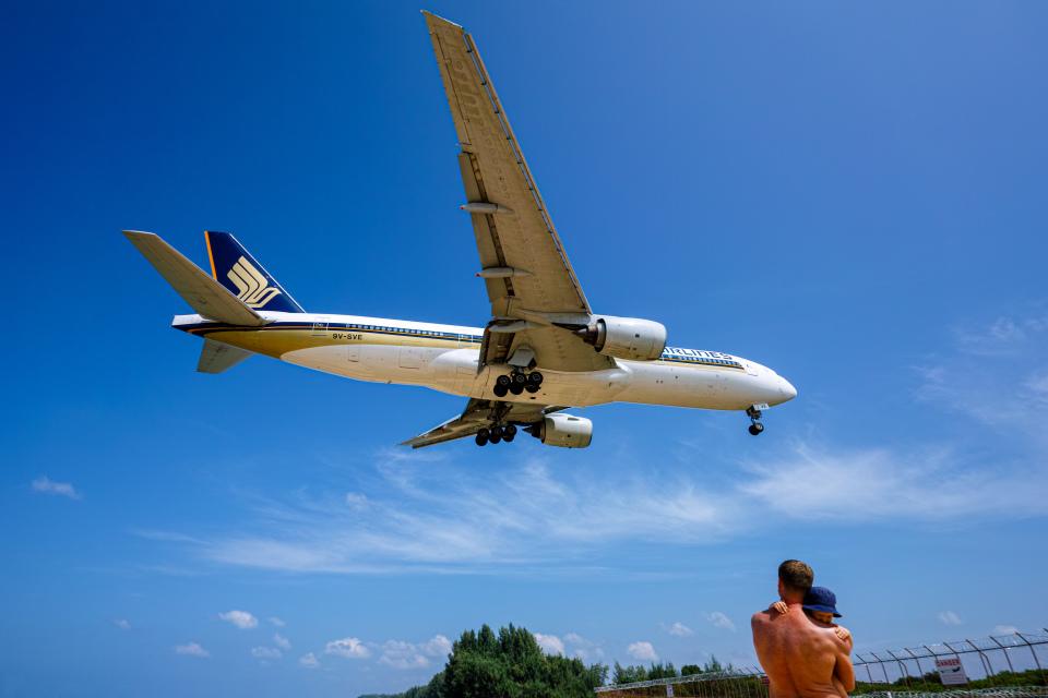 delawakaさんのシンガポール航空 Boeing 777-200 (9V-SVE) 航空フォト