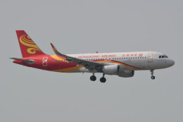 kuro2059さんが、香港国際空港で撮影した香港航空 A320-214の航空フォト(写真)