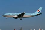 Gambardierさんが、伊丹空港で撮影した大韓航空 A300F4-203の航空フォト(飛行機 写真・画像)