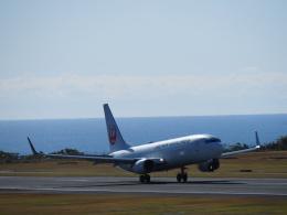 俊さまさんが、南紀白浜空港で撮影した日本航空 737-846の航空フォト(写真)