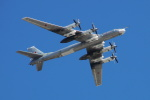 べにやさんが、赤の広場で撮影したロシア空軍 Tu-95/142の航空フォト(写真)