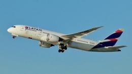 Bluewingさんが、ロサンゼルス国際空港で撮影したラタム・エアラインズ・チリ 787-8 Dreamlinerの航空フォト(飛行機 写真・画像)