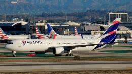 Bluewingさんが、ロサンゼルス国際空港で撮影したラタム・エアラインズ・チリ 767-316/ERの航空フォト(飛行機 写真・画像)